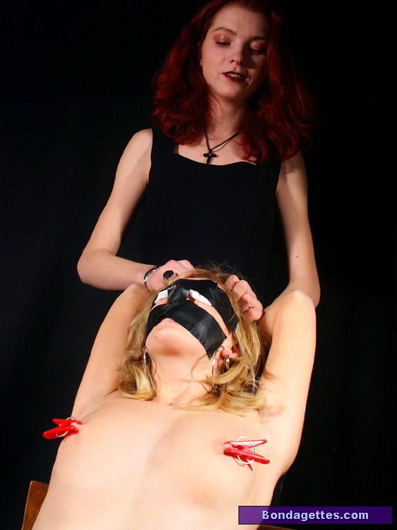 Lesbian bondage naked pics — 12